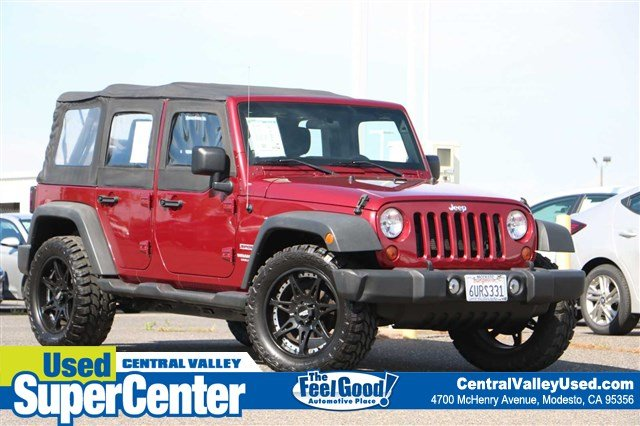 Pre-Owned 2012 Jeep Wrangler Unlimited Sport