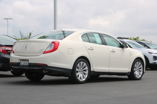 Pre-Owned 2013 Lincoln MKS Base