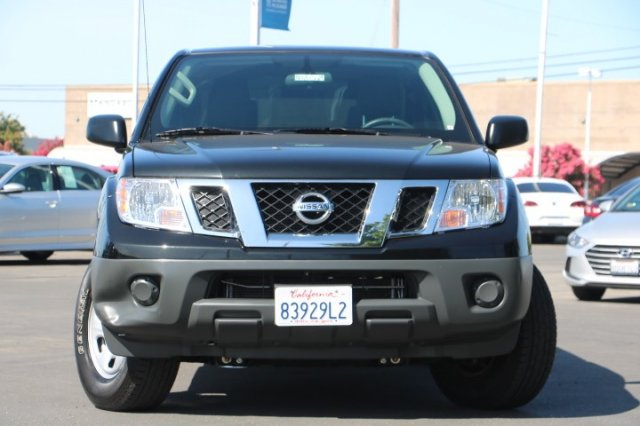 Pre-Owned 2019 Nissan Frontier S