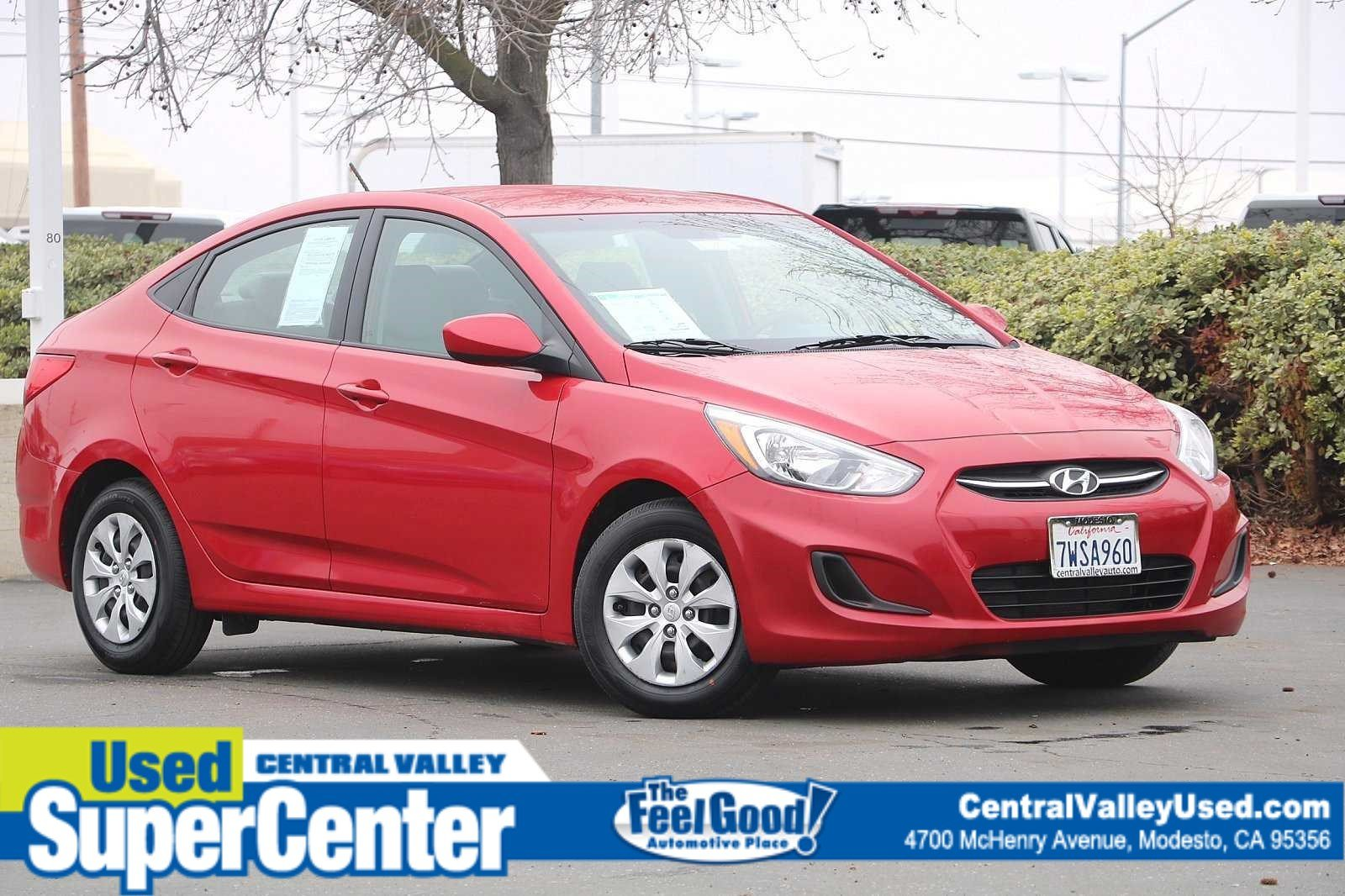 Pre-Owned 2017 Hyundai Accent SE