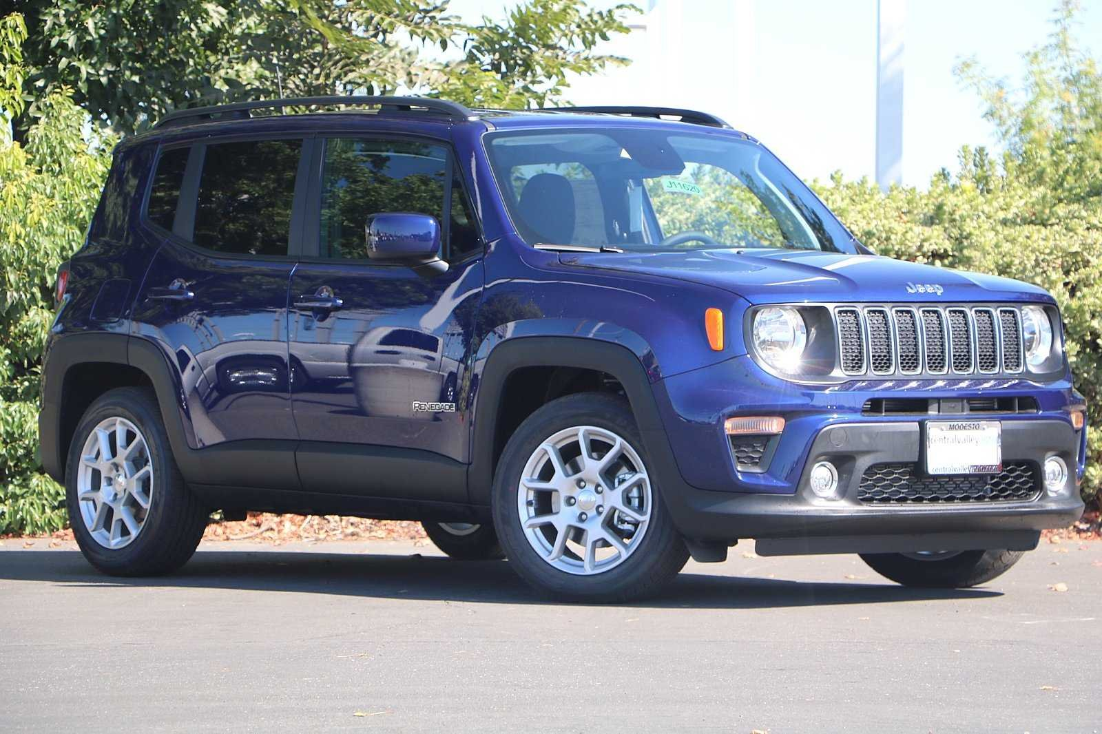NEW 2019<br>JEEP RENEGADE LATITUDE<br>FWD
