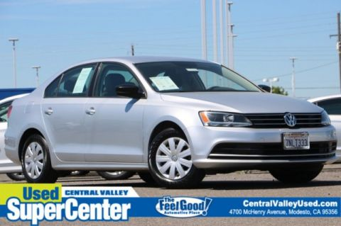 Pre-Owned 2015 Volkswagen Jetta Sedan 2.0L Base