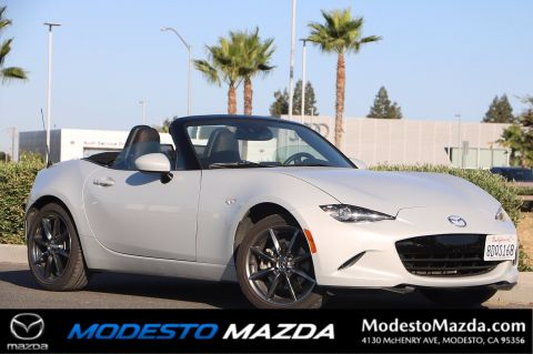 Pre-Owned 2017 Mazda MX-5 Miata Grand Touring